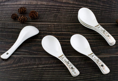 Kissherely Kitchen Stainless Steel Strainer Ladle Soup Spoon Long Handle Spoon Colander Slotted Spoon Tableware Soup Spoon